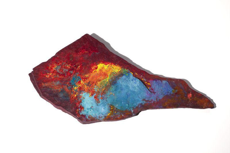 Terre de feu, 22cm x 45cm, pierre, acrylique, 2007